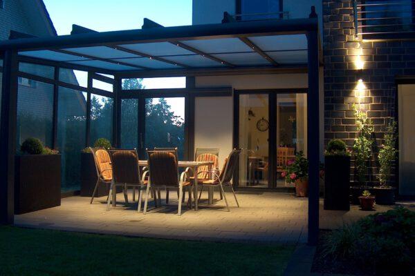 D & F Alu Terrassenüberdachung mit Beleuchtung